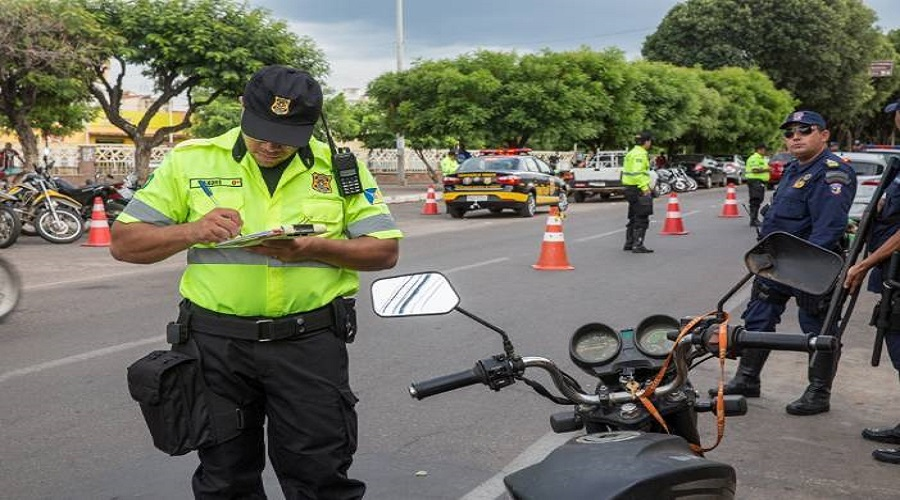 Demutran de Juazeiro do Norte oferece desconto de 60% em multas - MaisFM